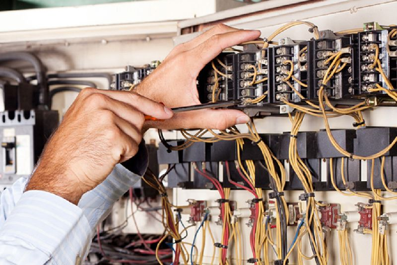 Electrician Schools and Career for Serious Electricians