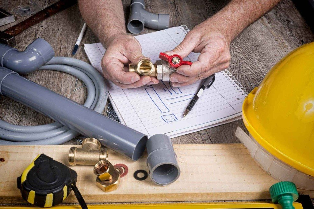 Quickly Find a Reliable Plumber To Handle a Plumbing Emergency in Your Home